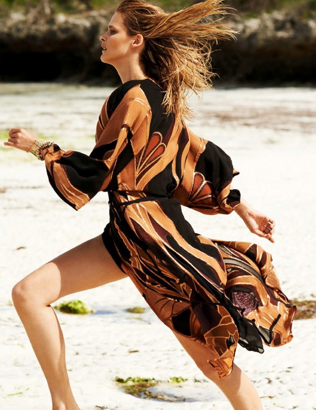 carmen-kass-marie-claire-spain-july-2014-7
