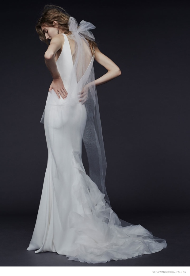 vera-wang-bridal-2015-fall-dresses05