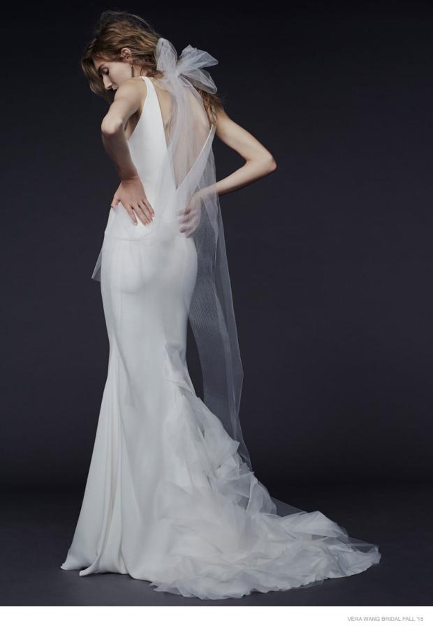 vera-wang-bridal-2015-fall-dresses05