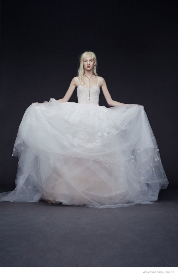 vera-wang-bridal-2015-fall-dresses06-774x1200